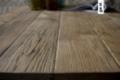 Stolik kawowy drewniany na czarnej ramie FRAMED