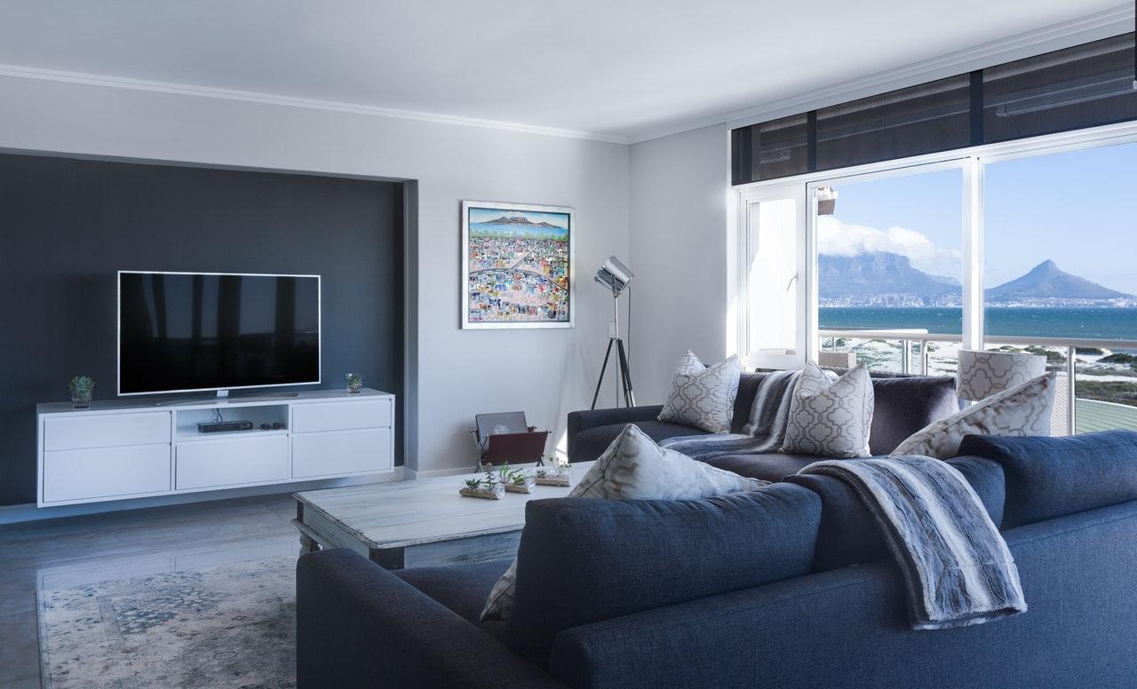 Jak umeblować salon by stał się idealną przestrzenią wypoczynkową?
